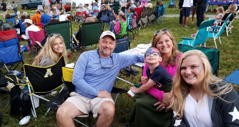 Beech Mountain Named a Top 25 Family Destination to Unplug!